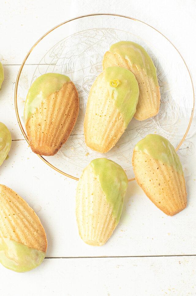 Matcha madeleines met citroen