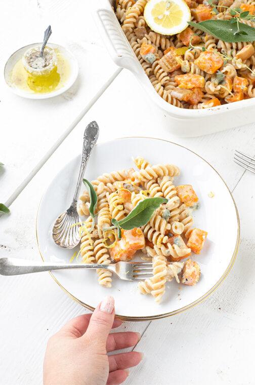 Spelt pasta met pompoen & gorgonzola