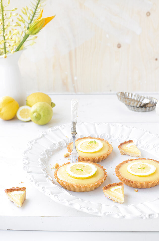 Citroen Tartelettes uit The Lemon Kitchen Kookboek