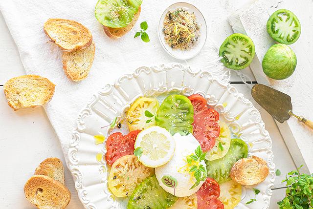 tomaten salade uit the lemon kitchen kookboek