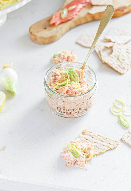 zalm salade met bosui citroen krokantje