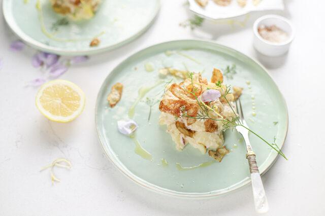 luxe aardappelsalade met citroen en cranberry's met krokante aardappelschil