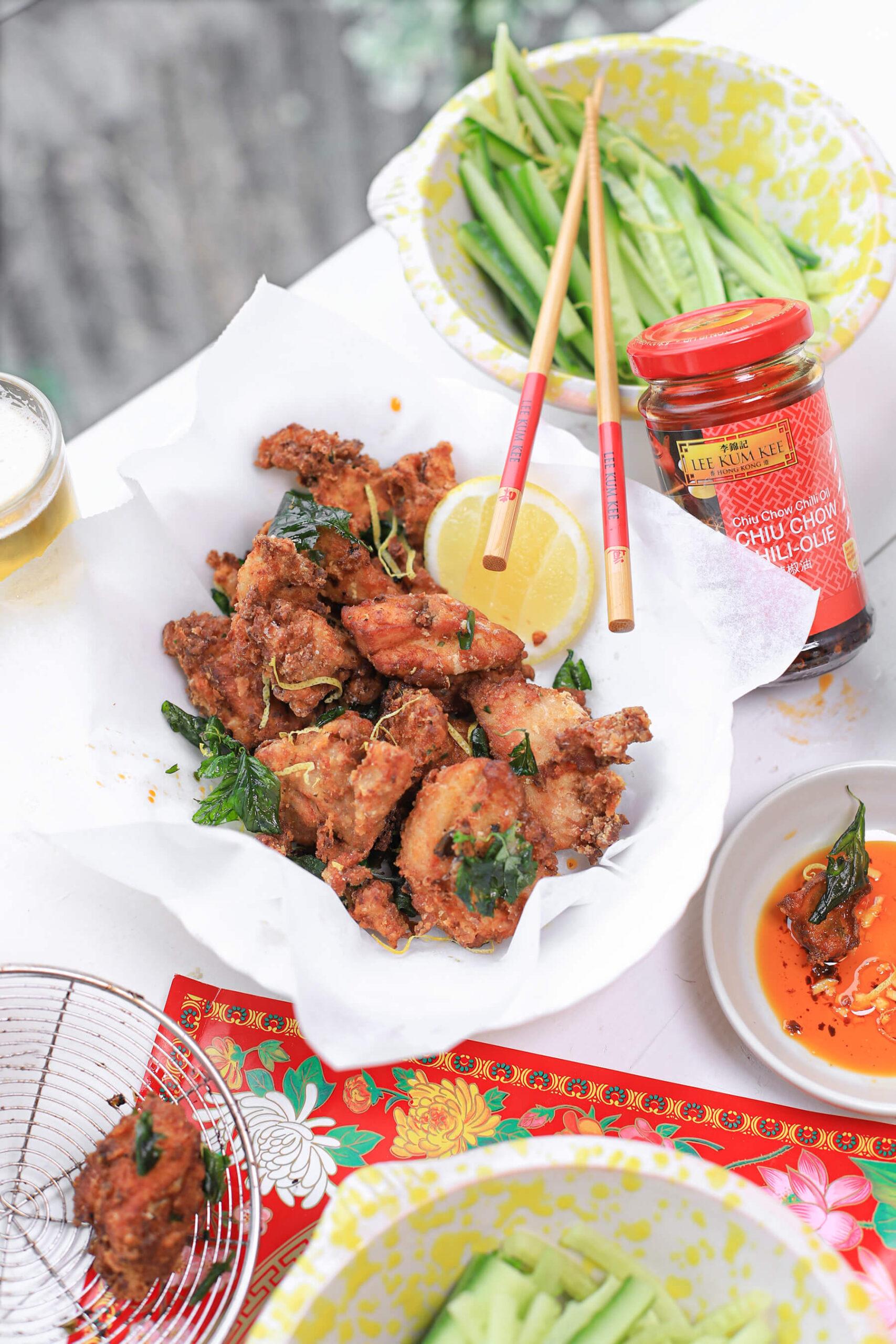 fried chicken The Lemon Kitchen met Thaise basilicum