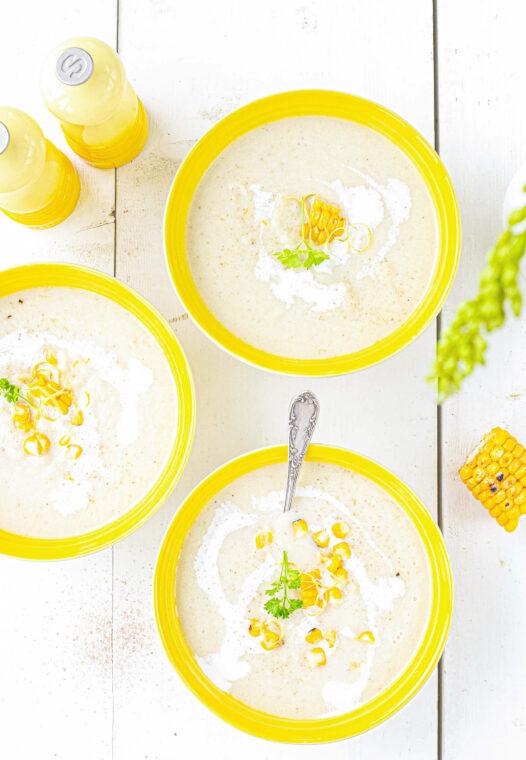 knolselderij soep met mais, citroen en gerookt zout