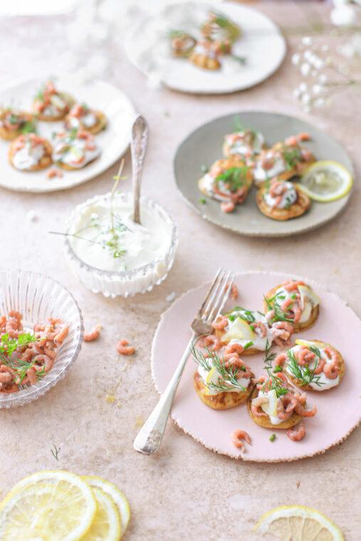 Blini met Hollandse garnalen en citroenroom