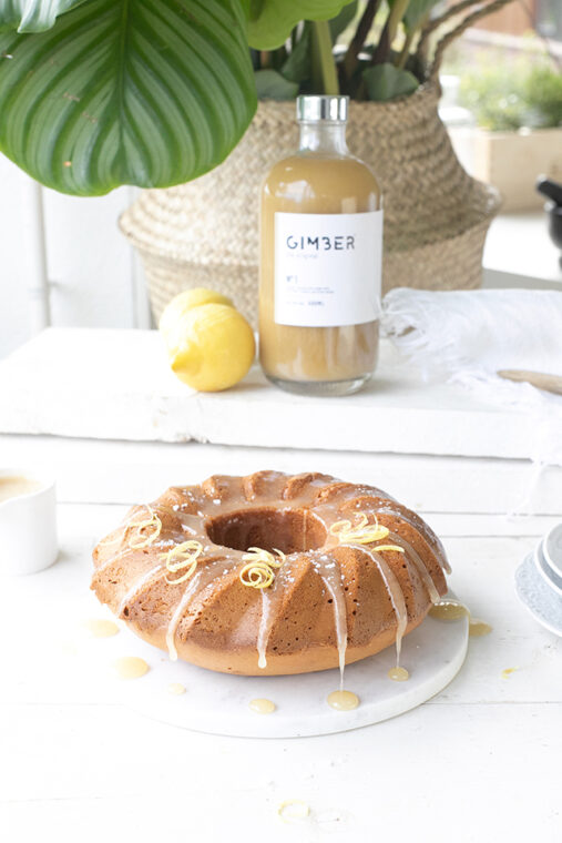 Gember cake met citroen & rum karamel