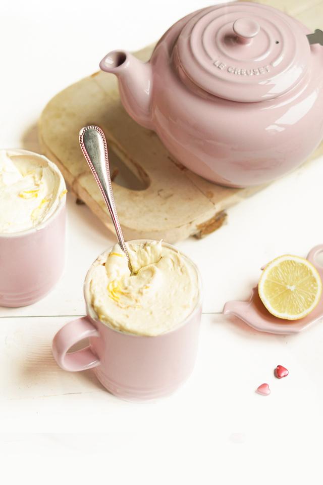 Witte chocolademousse met citroen