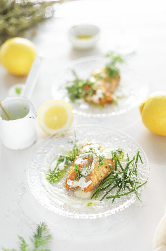 zeebaars met citroen creme fraiche zeekraal